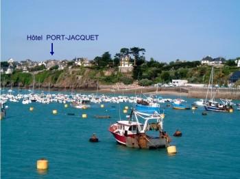 Vue sur port de St Cast