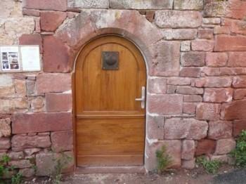 Porte d'entrée de la Mérelle de Collonges-la-Rouge